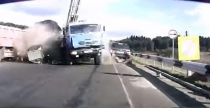 Ciężarówka = czołówka