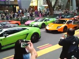 W tym korku stoją same Lamborghini!