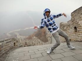 TEMAT DNIA: Nonstop tańczy do dubstepu!
