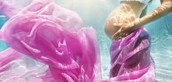 W ciąży pod wodą - przepiękne zdjęcia!