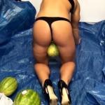 Ta fitnesska kruszy arbuzy... UDAMI!