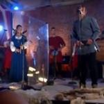 Średniowieczny cover piosenki Metalliki