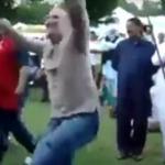 Gdy biały gość wpadnie na koncert hinduskiej muzyki...