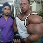 Ma największy biceps świata!