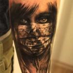 Porażająco dobre tatuaże twarzy