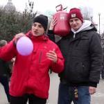 Hel - rozweselanie ludzi na ulicy