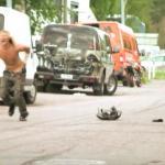Kaskaderski wypadek na motorze i quadzie