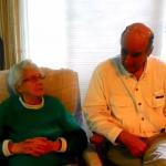 93-latka i jej syn próbują marihuany po raz pierwszy
