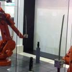 Ten robot potrafi... walczyć kataną!