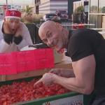 Kulturysta, który psuje pomidory