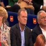 Tusk wygwizdany przez kibiców na meczu siatkarskim Polska-USA