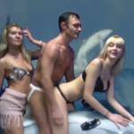 """""""Płyniemy na delfinie z Rosji do Ukrainy"""" - WTF!?"""