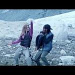 Marquese Scott i Chachi Gonzales tańczą na lodowcu
