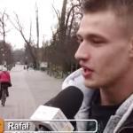 Ten gość zadecydował, że wybiera się na spacer dookoła Polski!