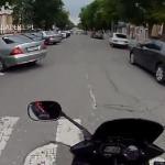 Czołowe zderzenie motocykla i osobówki