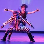 Genialny taneczny performance dzieciaków