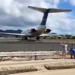 Ludzie vs silnik samolotu