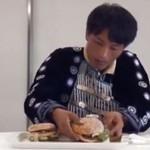 Jedzą hamburgery po raz pierwszy w życiu