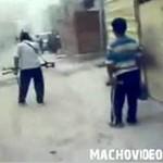 Zamachowiec - idiota