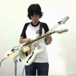 """Zack Kim gra kawałek z """"The Simpsons"""""""