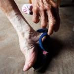 Krępowanie stóp w Chinach - HORROR!