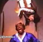 Tak wyglądają sceny karate w Bollywood - POLEWKA!