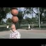 Połączenie koszykówki, gimnastyki i futbolu