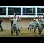 """Amerykańscy Marines w piosenke Ke$shy - """"Tic Tok"""""""