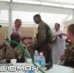 Jankesi palą trawę z Irakijczykami