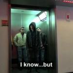 """""""Gwiezdne Wojny"""" w windzie"""