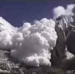 Lawina w Himalajach - piękne!