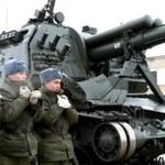 Rosja - wymiana gąsiennic w czołgu