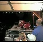 Wujek przebrał się za Świętego Mikołaja...