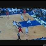 Koszykarz przeskoczył 3 rzędy cheerleaderek!