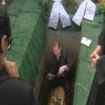10 rzeczy, których nie wolno robić na pogrzebie