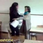 Rzuciła się na nauczycielkę w odwecie za odczytanie listu miłosnego!