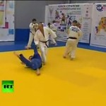 Putin WYMIATA w judo!
