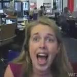 Denerwująca koleżanka w biurze?