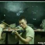 Najlepsza rzez, jaką żołnierz potrafi zrobić ze skrzypcami...