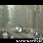 Auto rajdowe uderzyło w tłum