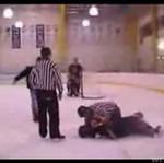 Tak Rosjanie grają w hokeja - BRUTALNE!