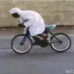 Palenie gumy na rowerze