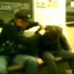 Młodzież okrada pijanego rosyjskiego milicjanta!