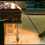 Pies UMARŁ na pogrzebie właściciela!
