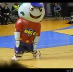 Maskotka ZAWSTYDZIŁA wszystkie cheerleaderki!