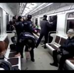 Bójka w metrze - policja vs pasażerowie