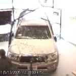 Czy kierowca auta chciał rozjechać tę kobietę?