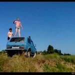 Rosjanie skaczą do wody