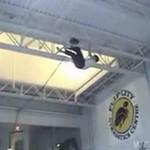 Triki na trampolinie