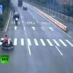 Azja - wypadek motocyklisty